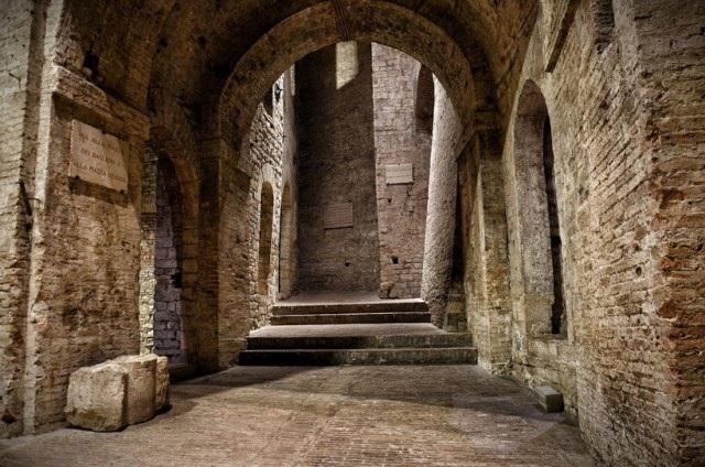Подземный город Перуджи