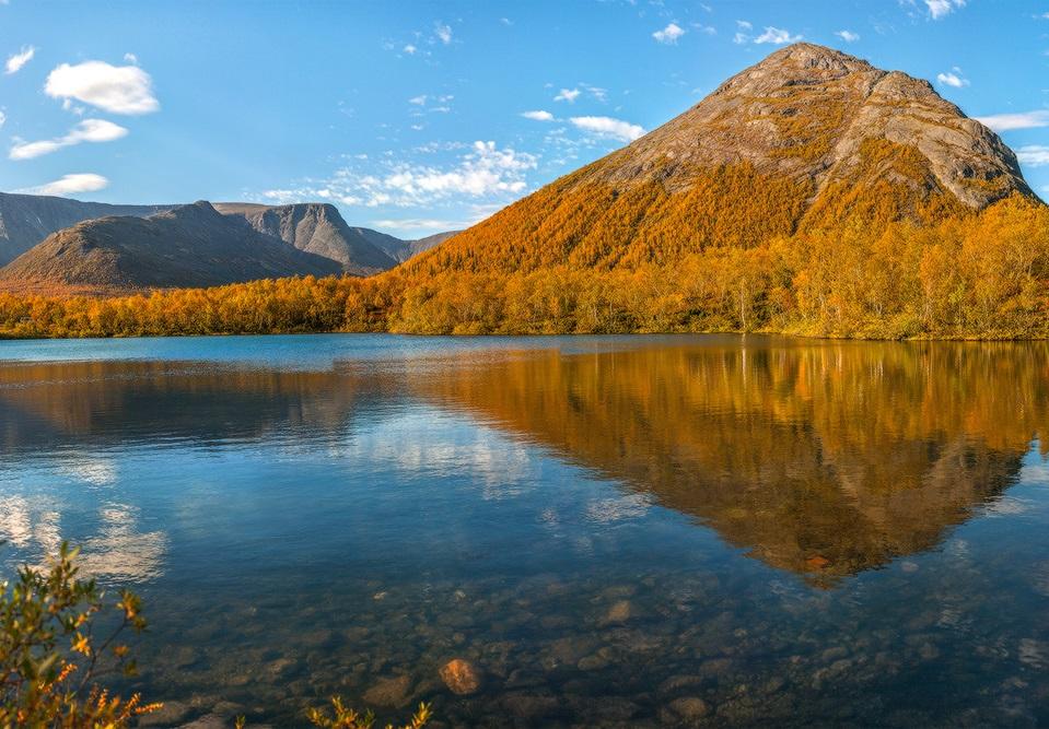 Озеро Малый Вудъявр близ Кировска
