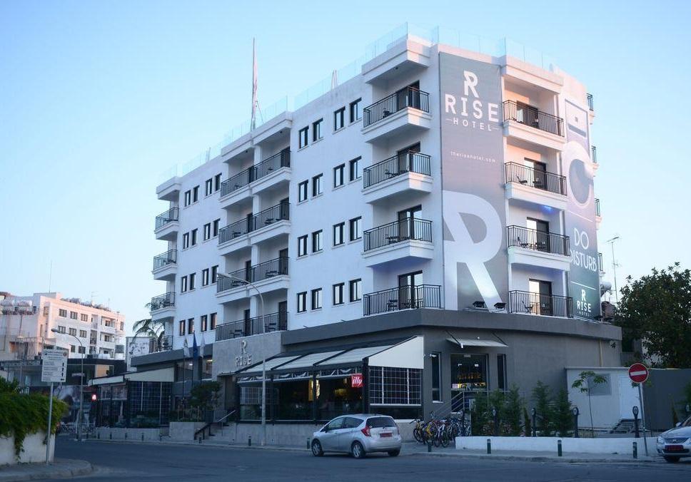 """Отель """"Rise Hotel"""" в Ларнаке"""