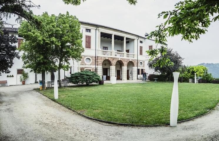 """Отель """"Relais Villa Gozzi B&B"""" в Виченце"""