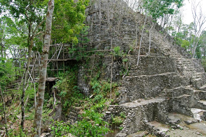 Город Эль-Мирадор в Гватемале
