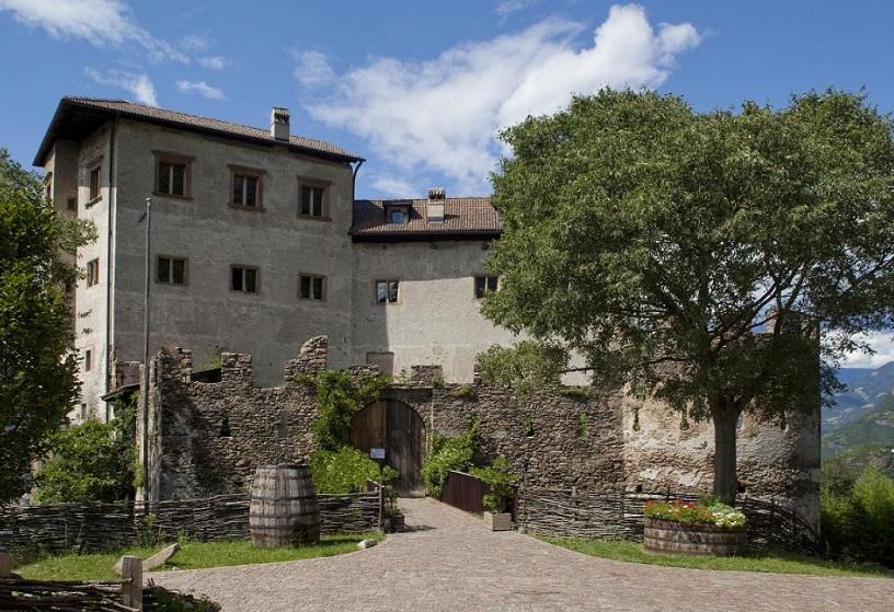 Замок Флавон в Больцано