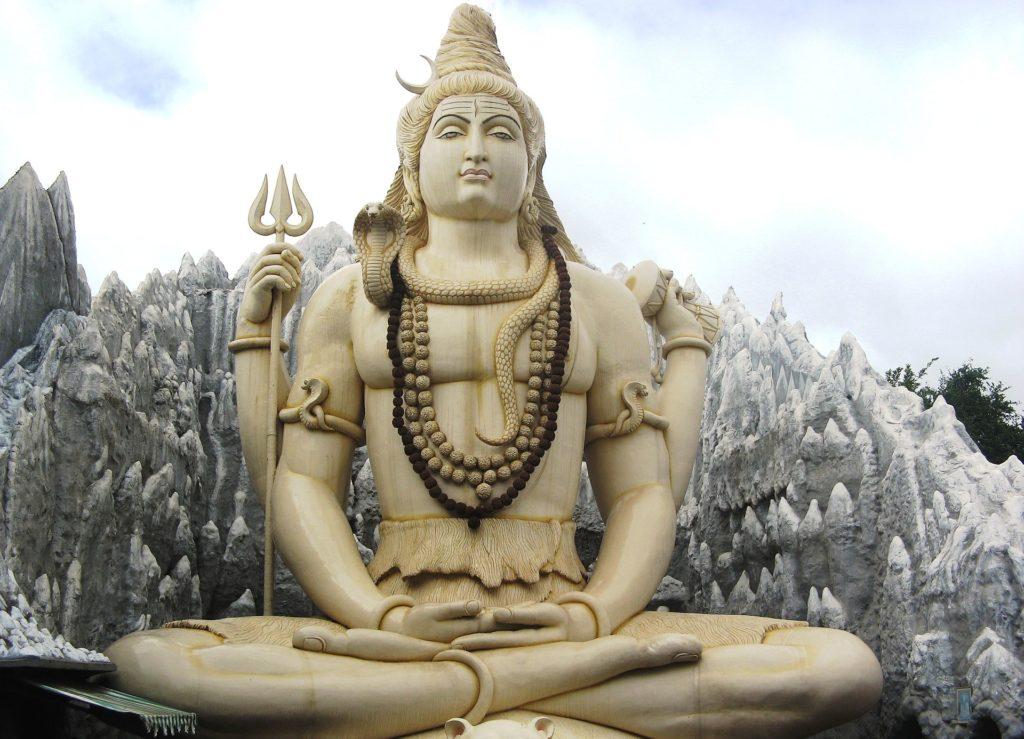 Храм Шивы в Бангалоре
