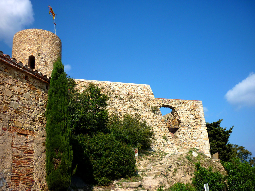 Замок Сан Хуан в Бланесе