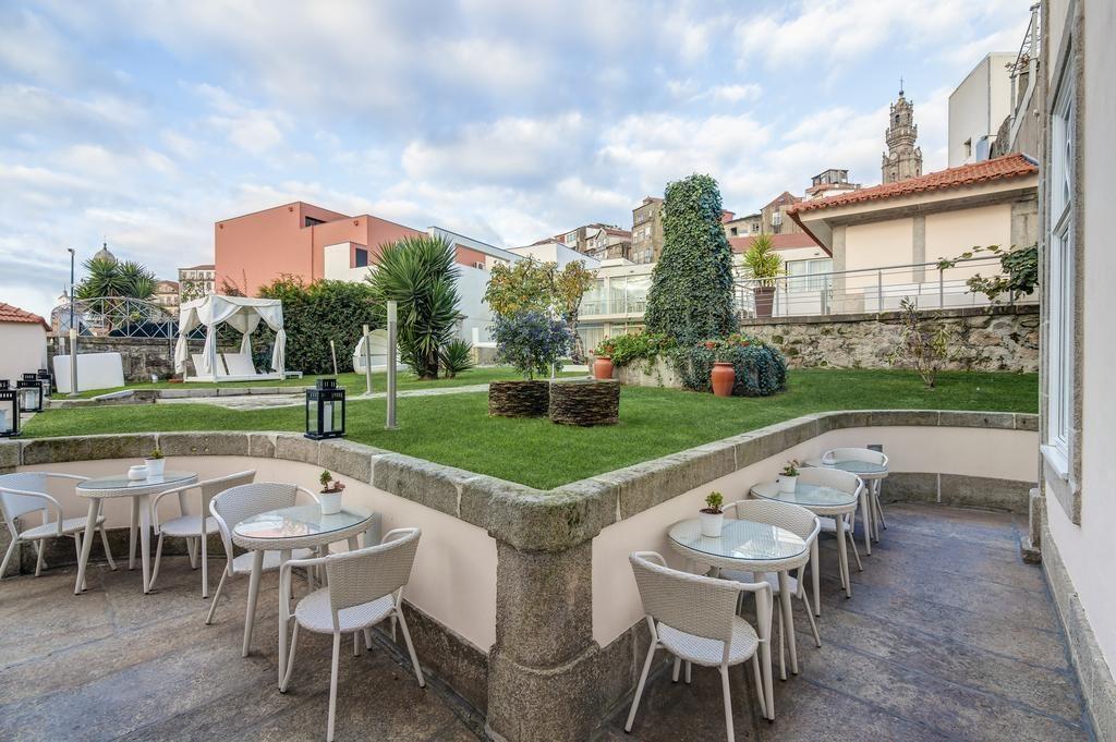 """Отель """"Flores Village Hotel & Spa"""" в Порту"""