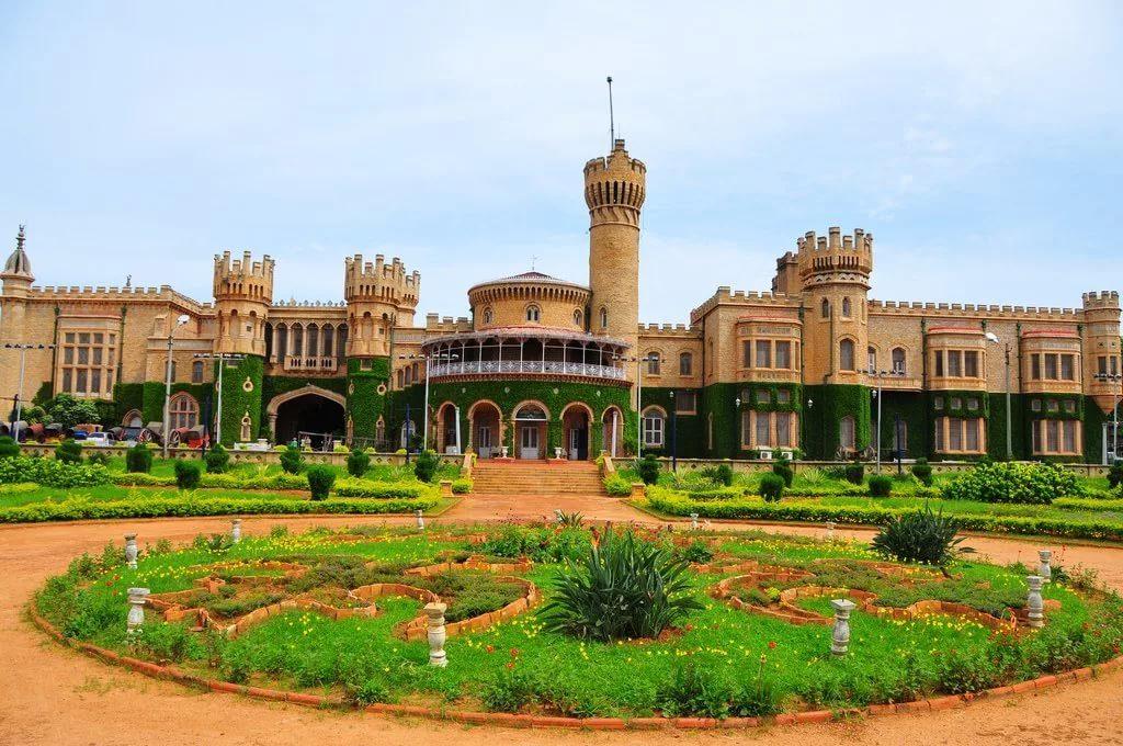 Бангалорский дворец, Индия