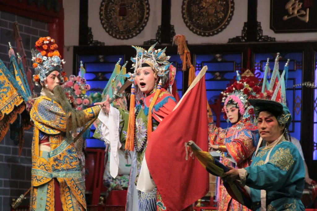 Сычуаньская опера в Чэнду