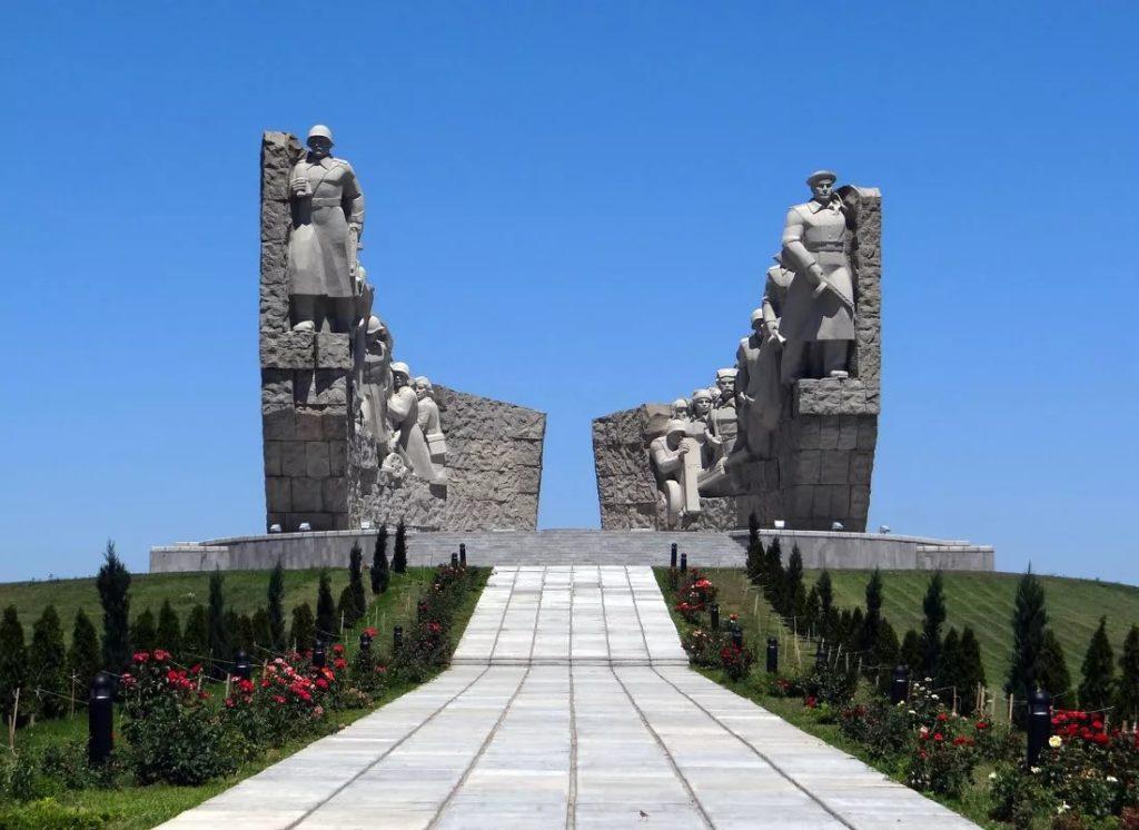 Мемориал воинской Славы близ Таганрога
