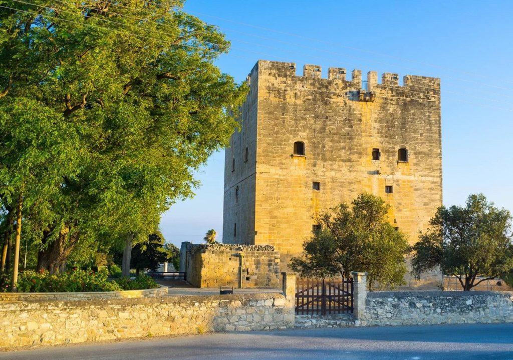 Замок Колосси близ Лимасола, Кипр