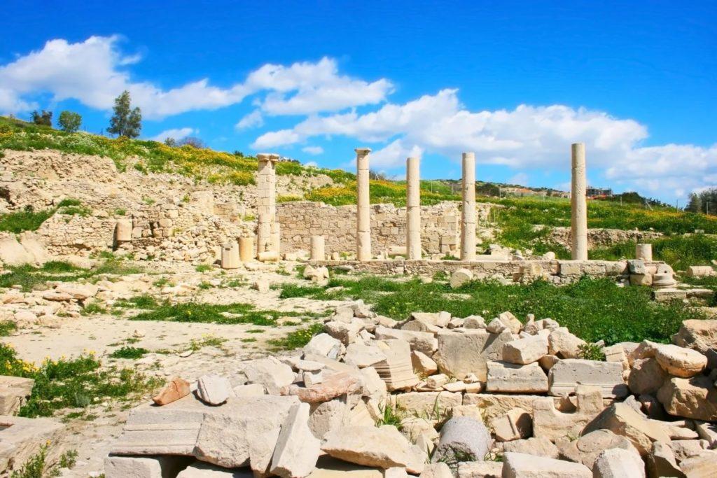 Руины Аматуса близ Лимассола, Кипр