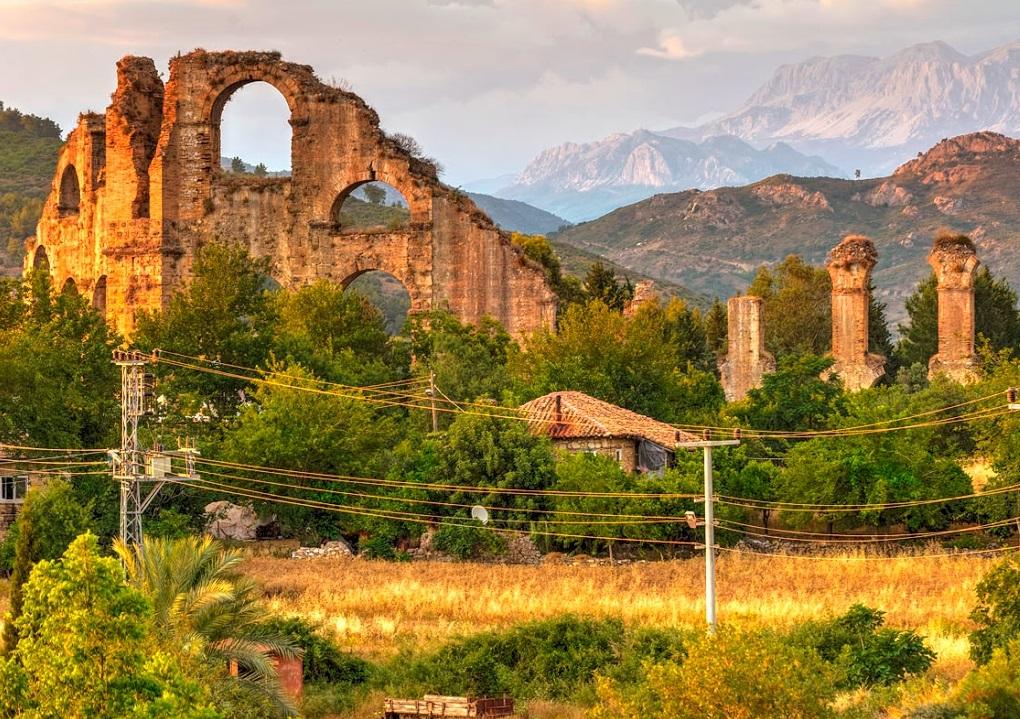 Акведук города Аспендос