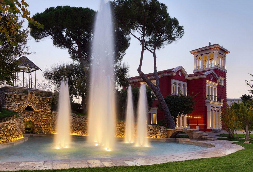 "Отель ""Mercure Villa Romanazzi Carducci"" в Бари"