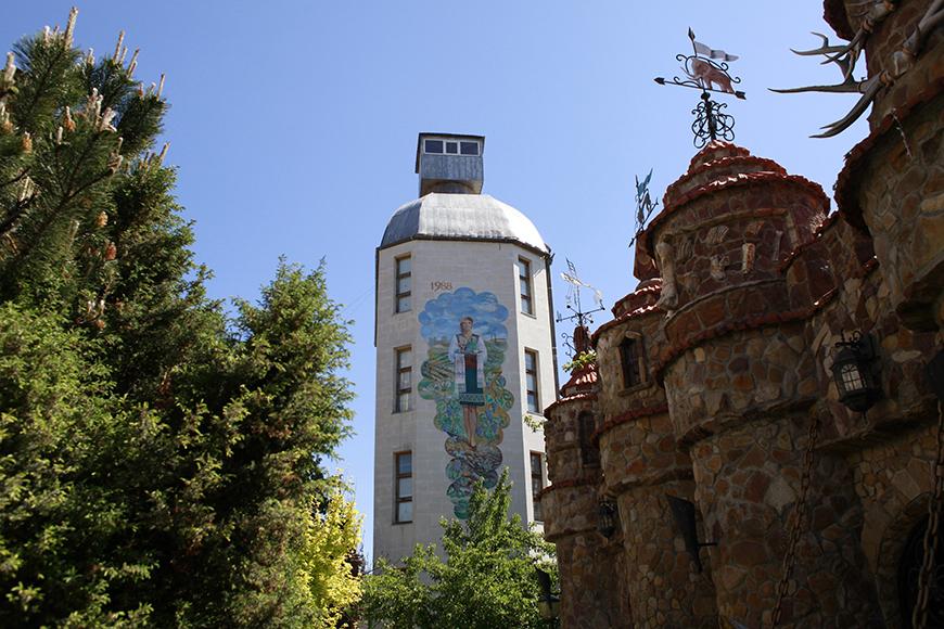 "Музей ""Бутылка"" близ Тирасполя"