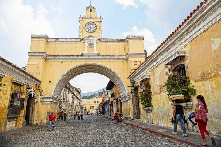 Арка святой Каталины в г. Антигуа, Гватемала