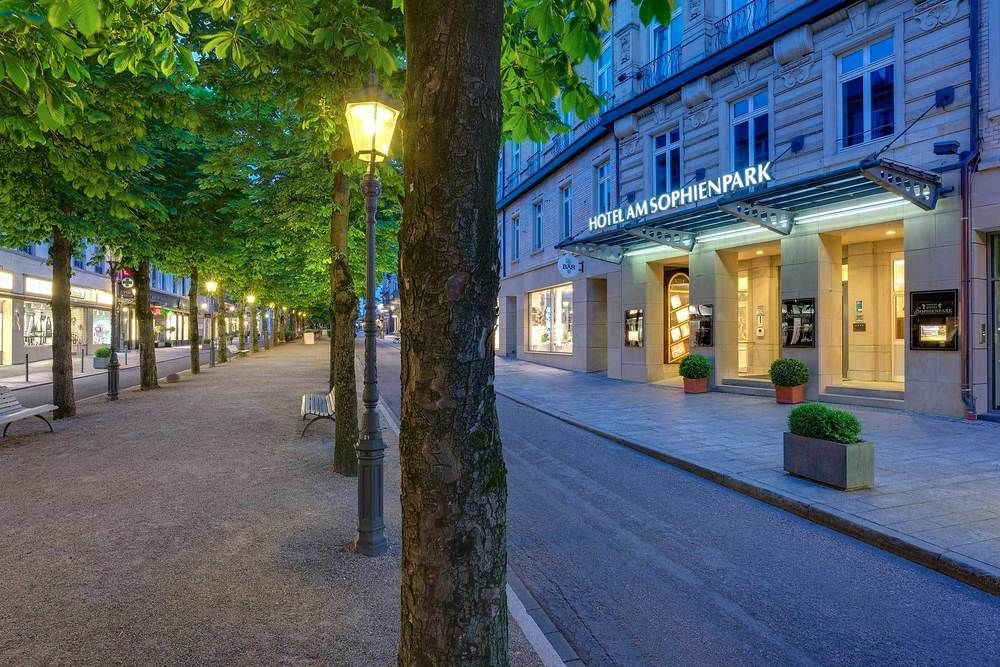"Отель ""Hotel am Sophienpar"" в Баден-Бадене"