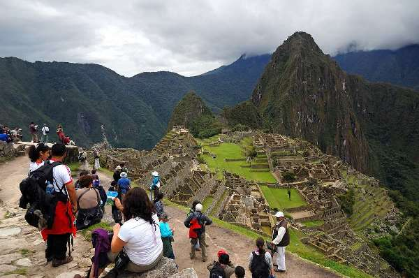 туристы в Перу