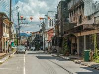 Старый город Такуа Па – город-призрак в провинции Пхангнга