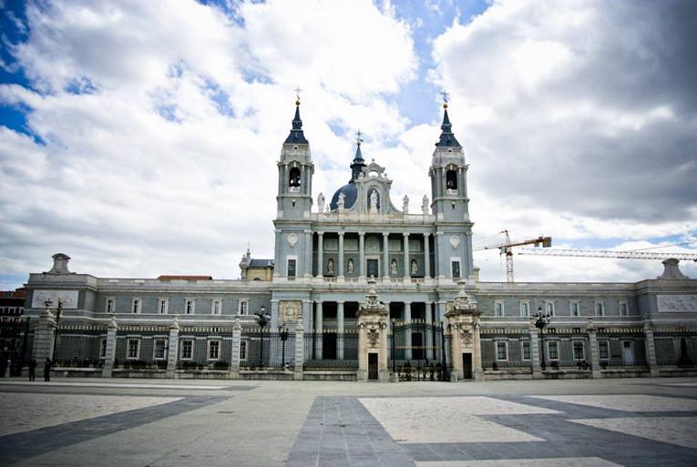 Кафедральный собор Святой Девы Марии де ла Альмудена