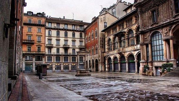 Площадь Мерканти
