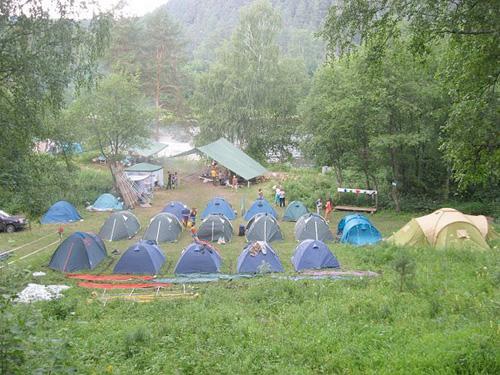 Палатки Зюраткуль