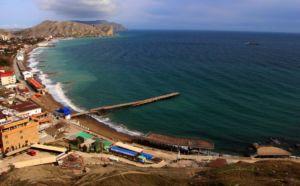 Крымский поселок Штормовое